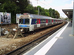260px-Gare_de_Saint-Cloud_04